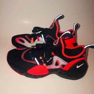Nike Huarache E.D.G.E Size 8.5